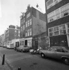 Goudsbloemstraat 39 (ged.) - 57 (ged.) met rechts van nummer 45 de Eerste Goudsb…