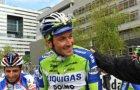 Portret van wielrenner Ivan Basso (Team Liquigas) op de Gustav Mahlerlaan, voora…
