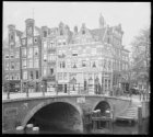 Prinsengracht 2-10 (v.r.n.l.) hoek Brouwersgracht 101A-105