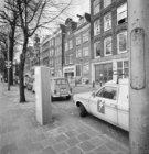 Wittenburgergracht 27 - 63 (ged.). Geheel links de Oosterkerk