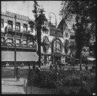 Rembrandtplein, gezien naar café De Kroon en het Rembrandt Theater, Rembrandtple…