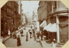 De Oude Doelenstraat, ziende van de O.Z. Achterburgwal naar de Damstraat