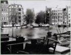 De Amstel gezien naar 's-Gravelandse Veer, Groenburgwal en Staalkade