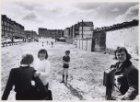 Kinderen op een braakliggend terrein in de Borgerstraat