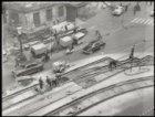 Nieuwezijds Voorburgwal, werk aan tramsporen ter hoogte van het Koninklijk Palei…