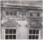 Een detail van de ramen van de Openbare Leeszaal, Keizersgracht 444-446