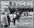 Het Stationsplein is voor het Centraal Station opnieuw opgebroken