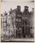 Herengracht 390 (ged.)-394 (rechts, v.r.n.l.), hoek Leidsegracht 2