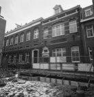 Egelantiersstraat 141 (ged.) - 145, op de nummers 141-143 het voormalige Koning …