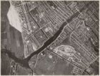 Luchtfoto van de Rivierenbuurt (links) en omgeving gezien in noordelijke richtin…