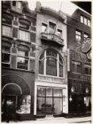 Kalverstraat 7 (ged.)-11 (ged.) (v.l.n.r.). Nummer 9 het bedrijf de Nationaal Ka…