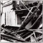 Linnaeusstraat 37, de ruïne van de Muiderkerk na de brand op 31 oktober 1989