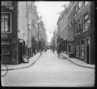 Eerste Goudsbloemdwarsstraat gezien vanaf de Willemsstraat