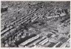 Luchtfoto van het Noorder Amstelkanaal en omgeving gezien in noordoostelijke ric…