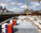 Bouwput voor de bouw van nieuwbouwwoningen en kantoren in het Oosterdok en de Di…