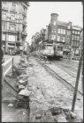 Wegwerkzaamheden in de Leidsestraat gezien vanaf brug 43 over de Keizersgracht