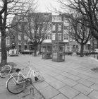Cornelis Schuytstraat 45 - 55 (ged.) en links Johannes Verhulststraat 97 (ged.) …