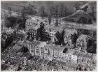 Luchtfoto van de Van Eeghenstraat (midden) en omgeving gezien in noordwestelijke…