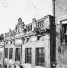 Herengracht 541 (ged.) - 545 (ged.), geveltoppen (De foto staat in spiegelbeeld;…