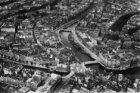 Luchtfoto met Munt(-toren) en omgeving
