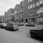 Banstraat 1 - 5 (ged.) met links aansluitend de zijgevel van Van Breestraat 107.…