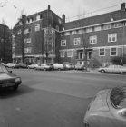 De Lairessestraat 166 - 174 v.r.n.l., geheel links de Lassusstraat