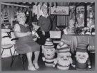 Bazaar in een bejaardentehuis in Slotermeer