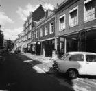 Kerkstraat 155 - 187 (ged.) met links aansluitend zijgevel Nieuwe Spiegelstraat …