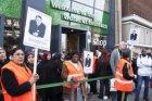 Staking van schoonmakers bij Heineken. De actievoerders bezetten enige tijd de H…
