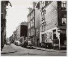 Vinkenstraat 76-84 en rechts Binnen Oranjestraat 14