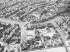 Luchtfoto van Amstel, Waterlooplein en Zwanenburgwal