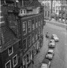 Nieuwezijds Voorburgwal 125 (ged.) - 131, huizen tegen de Nieuwe Kerk aangebouwd
