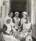 Groepsportret verpleging van het Wilhelmina Gasthuis