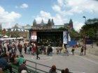 Bevrijdingsfestival Museumplein met optredende artiesten