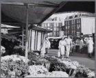 Dappermarkt. Gezien naar Dapperplein 3-11 (v.l.n.r.), hoek Tweede Van Swindenstr…