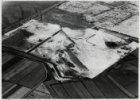 Luchtfoto van de tuinsteden Geuzenveld en Slotermeer in aanleg gezien in noordoo…