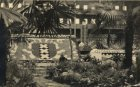 Jan van Galenstraat 4; interieur van de Centrale Markthallen tijdens de tuinbouw…