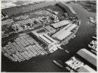 Luchtfoto van de Minervahaven gezien in oostelijke richting naar de Danzigerboch…