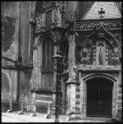 Noordportaal van de Oude Kerk, Oudekerksplein 23. Foto uit de reeks 'Mooi Nederl…