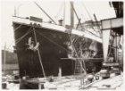 Reparatie aan de m.s. Johan van Oldenbarnevelt aan de Javakade