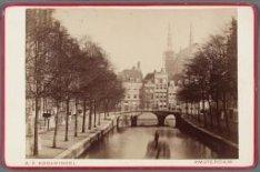 Leidsegracht gezien in noordelijke richting naar de Herengracht