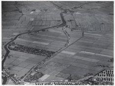 Luchtfoto van Buikslotermeer en omgeving gezien in noord-noordoostelijke richtin…
