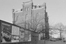 De Ruijterkade 149-150, de voormalige brandweerkazerne Nico
