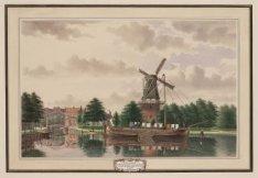 """De Bullebak en de molen """"de Kraai"""" ziende van af de Willemspoort te Amsterdam"""