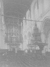 Nieuwezijds Voorburgwal 143, het middenschip van de Nieuwe Kerk