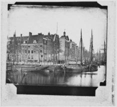 Gezicht op IJgracht (Prins Hendrikkade) en Schippersgracht
