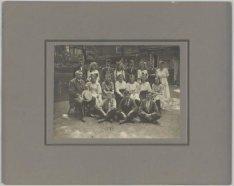 Groepsfoto van leerlingen van de Vereniging van Lager en Meer Uitgebreid Lager O…