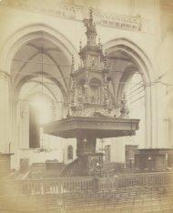 De preekstoel in de Nieuwe Kerk, Dam 12, vervaardigd door Albert Vinckenbrinck