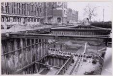 Metrobouw, Stationsplein