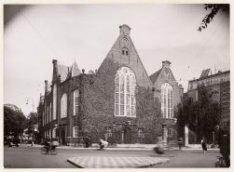 De Oude Lutherse Kerk, Singel 411. Links het Spui gezien in oostelijke richting